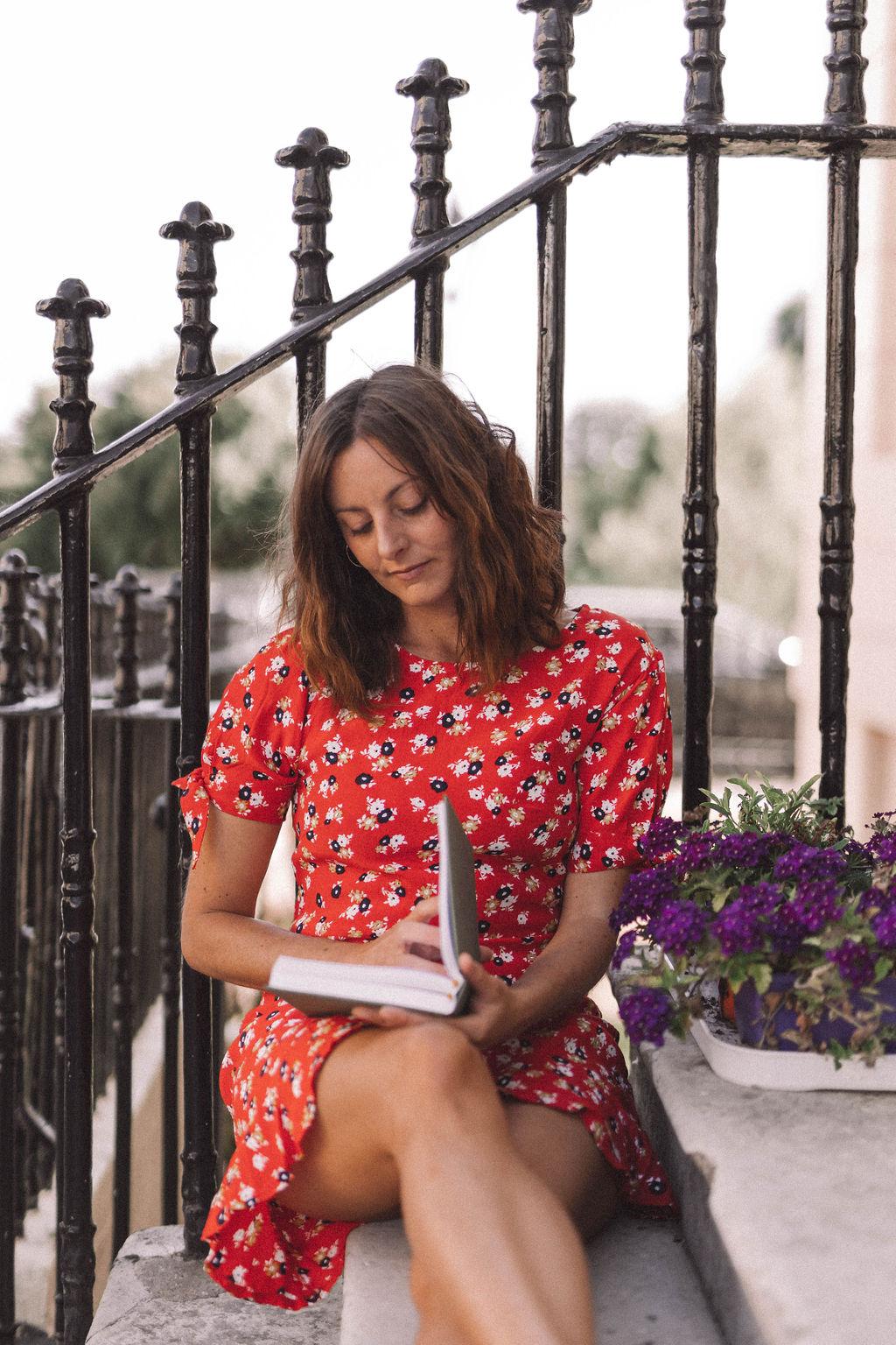 Newsletter — Vienda Maria, Women's mentor